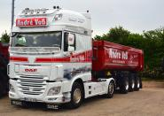 "DAF XF SSC with Half Pipe Tipper Trailer ""Andre Voß"""