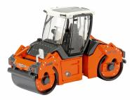 HAMM street roller HD+110 with open cabin