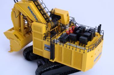 KOMATSU Bagger PC8000-6 Diesel mit Hochlöffel