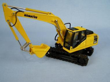 KOMATSU excavator PC200-7