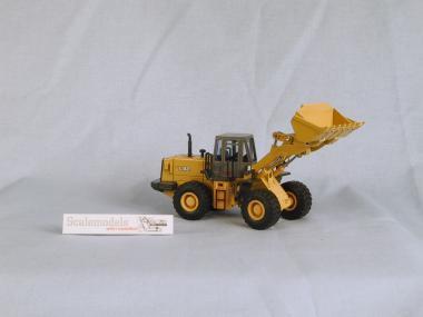 TCM Radlader L32