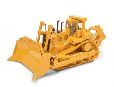 CAT Dozer D11N with U-Blade and Single-Shank-Ripper (old Logo)