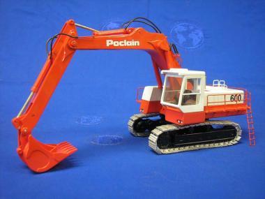 POCLAIN Bagger 600 mit Tieflöffel und Metallketten