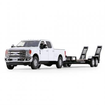 FORD F-250 Super Duty Pickup with Tandem-Axle Tag Trailer