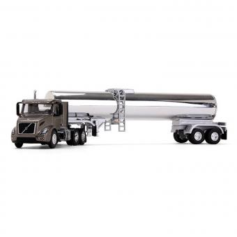 VOLVO VNR 300 with Food Grade Tank Trailer, bronze/chrome