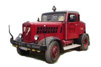 HANOMAG SS100 Zugmaschine, rot