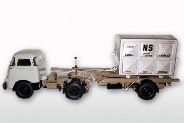 DAF T1300 DA met DAF Container LOSSER hoch, Dustex