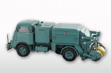 DAF T1300 DA265 mit GEESINK Kehraufbau ( mit 6 Rippenkühler), blau
