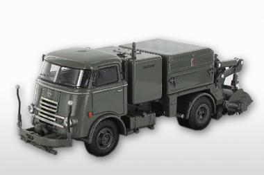DAF T1300 DA265 mit GEESINK Kehraufbau ( mit 6 Rippenkühler), grau