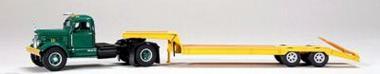 WHITE  WC22 mit LaCrosse Tieflader, grün
