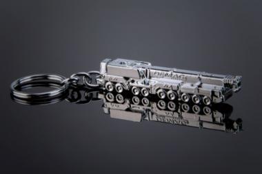 Schlüsselanhänger: DEMAG 9achs Autokran AC700-9