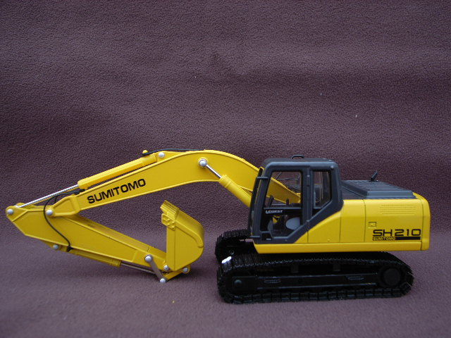 SUMITOMO Bagger SH210