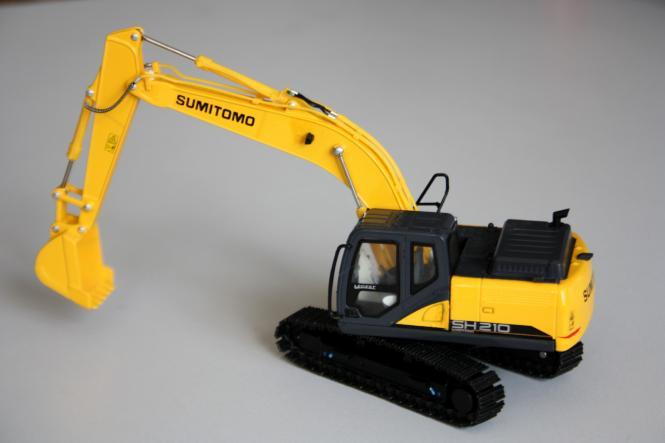 SUMITOMO Bagger SH210-6