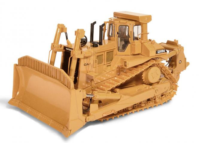 CAT Dozer with SU-Blade and Single-Shank-Ripper