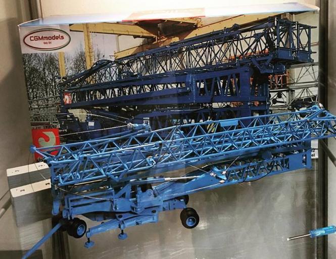 EDILGRU Self Errecting Crane  M.H. 1000-30/32