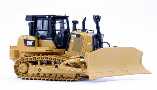 CAT Dozer D7E with Winch