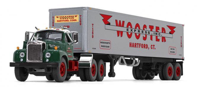 "MACK B-61 mit 40´Vintage Trailer ""Wooster Express Inc"""