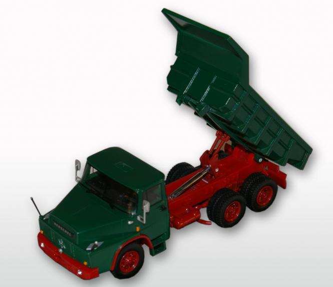 HENSCHEL 3achs Kipper H261 mit Steinmulde, grün
