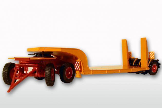 LANGENDORF 3achs Tieflader, orange