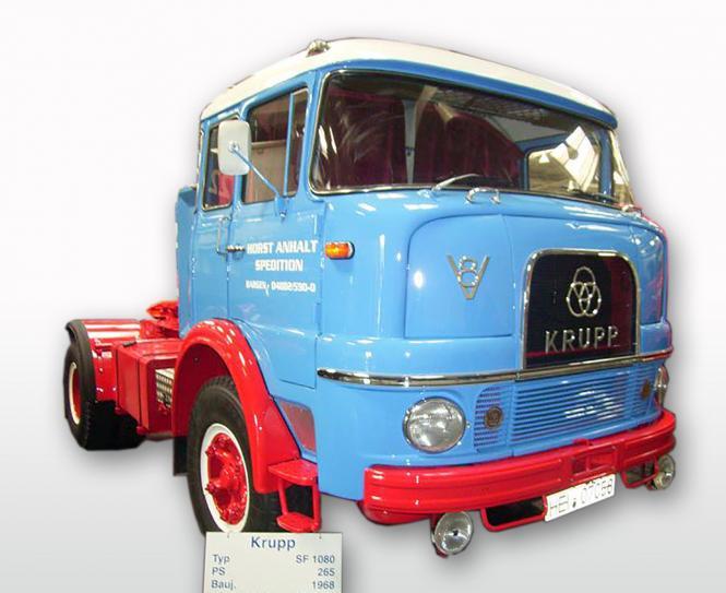 KRUPP SF1080 2achs Sattelzugmaschine, blau/rot