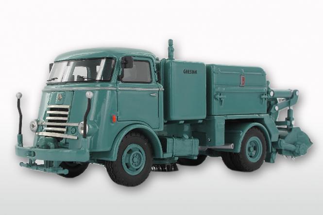 DAF T1300 DA265 mit GEESINK Kehraufbau ( mit Trapezfront), blau
