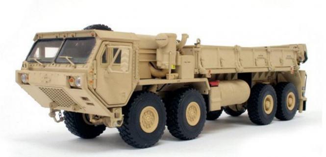 OSHKOSH 4achs Transportfahrzeug M985 A-2, sandfarb