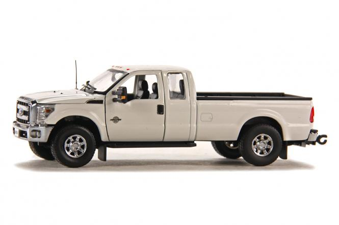 FORD Pick Up F250 XLT 8' Bett, weiss/chrom