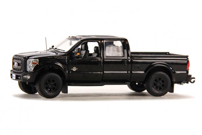 FORD F250 Pickup mit CrewCab und 6` Bett, schwarz