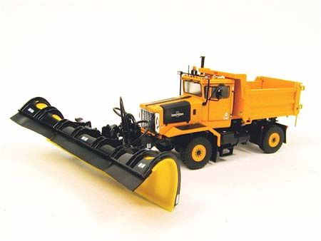OSHKOSH P 2axle dump with snow plow, yellow