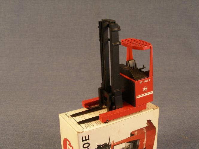 BT Regalstapler RT1350E