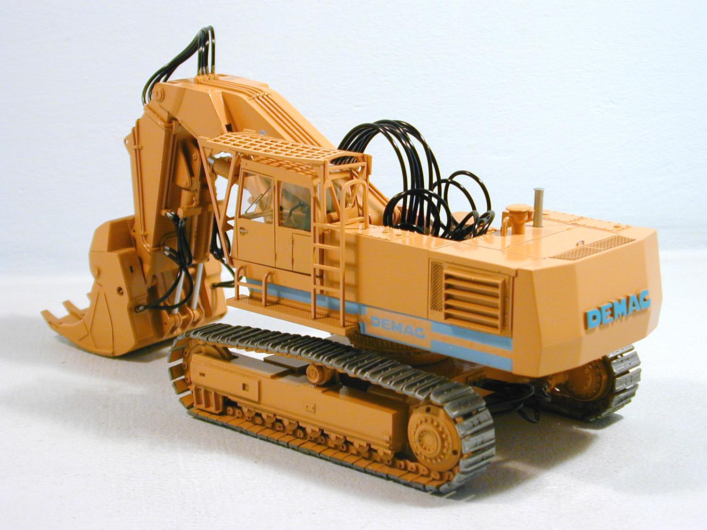 demag bagger gebrauchte traktoren mit allrad. Black Bedroom Furniture Sets. Home Design Ideas