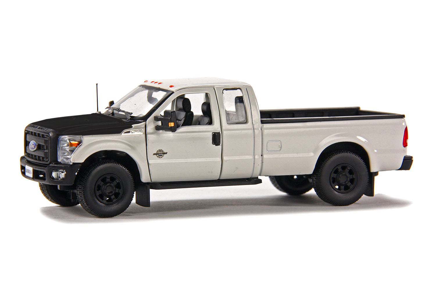 spiel modellkist 39 l shop ford pick up f250 xlt 8 39 bett. Black Bedroom Furniture Sets. Home Design Ideas